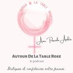 Autour de la table rose